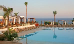 Меден месец в Кипър, Napa Mermaid Hotel & Suites****